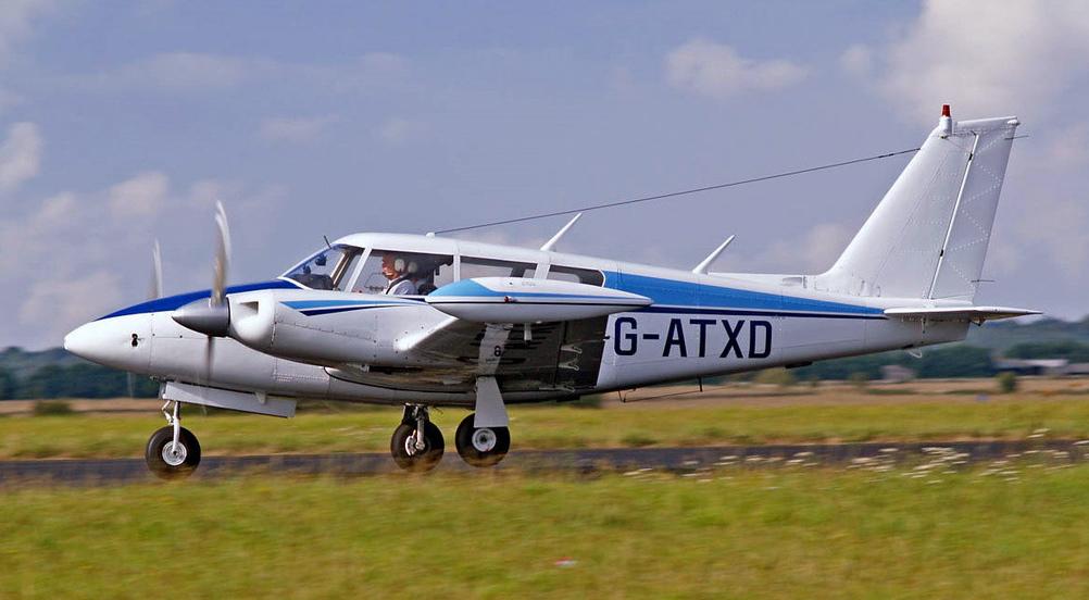 PA-30 Twin Comanche 160